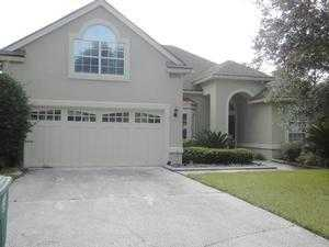 10063 Heather Lake Ct W, Jacksonville, FL 32256