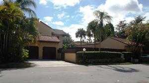 1054 NE 204th Ln, Miami, FL 33179