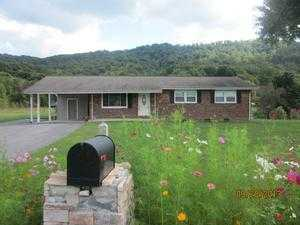 1991 Goshen Valley Rd, Church Hill, TN 37642