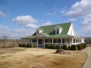 5691 Marion Rd, Cunningham, TN 37052