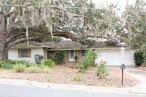 Single Family Home for Sale, ListingId:27144946, location: 1610 CRESTVIEW DR Mt Dora 32757