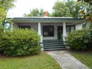 137 College St, Macclenny, FL 32063