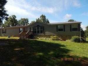 1076 T Nutt Rd, Waynesboro, TN 38485