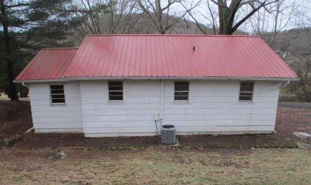 Photo of 229 Surgoinsville Creek Rd  Surgoinsville  TN