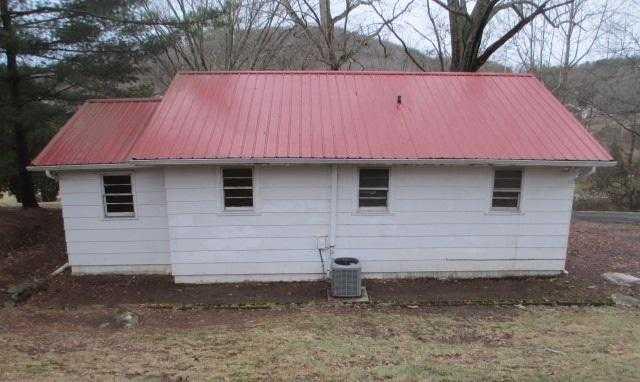 Photo of 229 Surgoinsville Creek Rd  Surgoinsville  TN