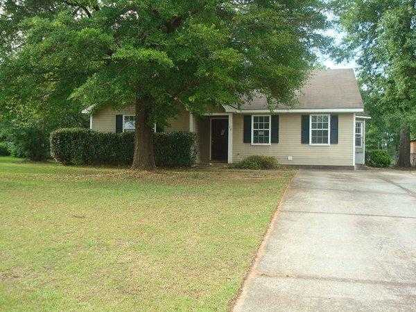 Photo of 140 APALACHEE DRIVE  Leesburg  GA
