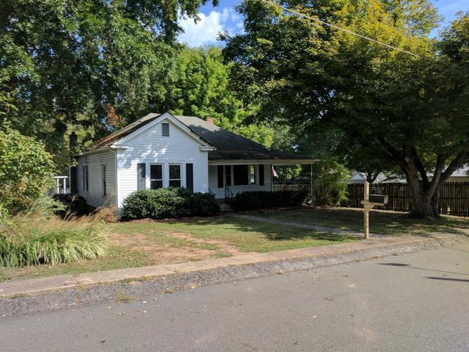 Photo of 710 Westwood Drive  Eden  NC