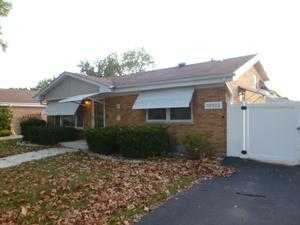 10135 Minnick Ave, Oak Lawn, IL 60453