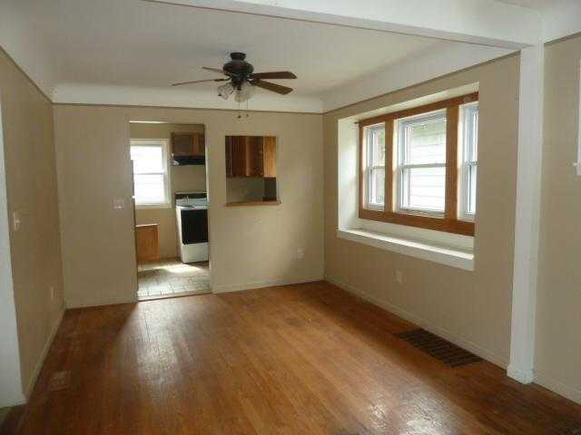 Photo of 1310 E Oakland Avenue  Lansing  MI