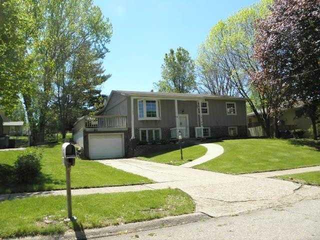 Photo of 9108 Beechwood Drive  Urbandale  IA