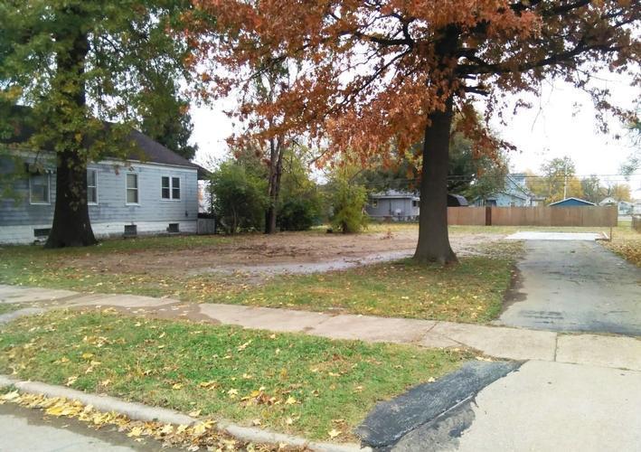 1018 Grand Avenue Madison, IL 62060