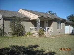 42 Nw 28th St, Lawton, OK 73505