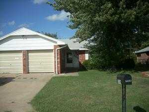 1309 W Chestnut Ave, Ponca City, OK 74601