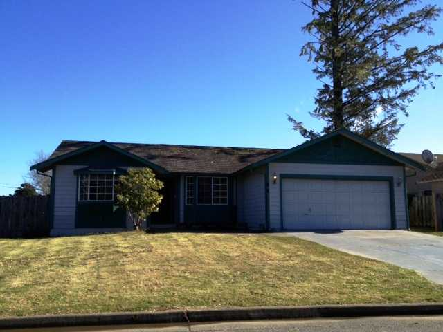 1585 Arlington Dr, Crescent City, CA 95531