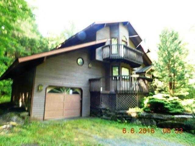 328 Marsh Family Rd, Hartford, VT 05047