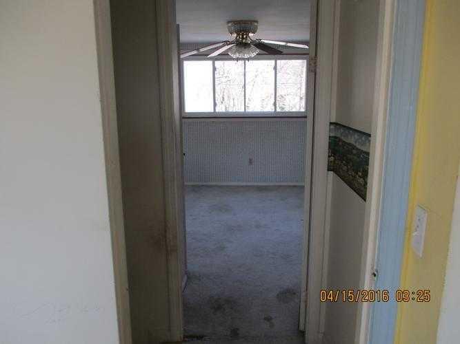 108 Van Zandt Ave, Warwick, RI 02889