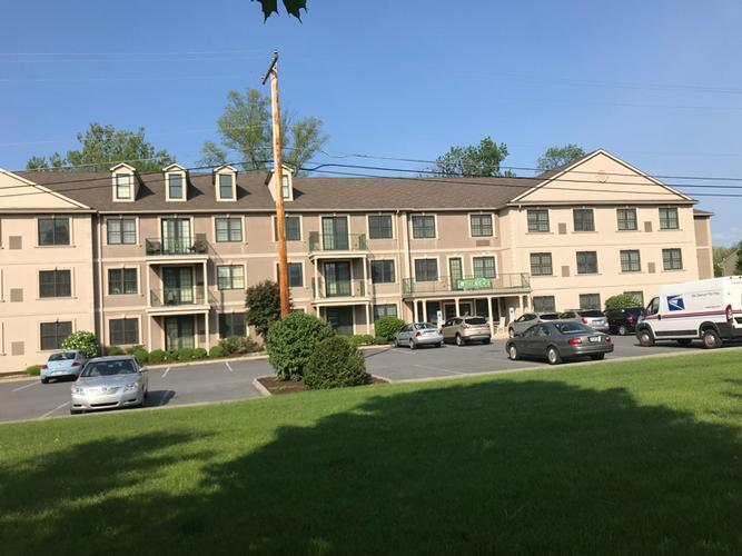 2121 Hokendauqua Avenue Northampton, PA 18067