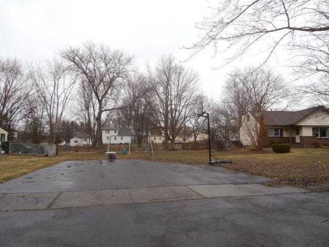 6 Ainsworth Lane Gates, NY 14624